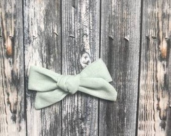 Sea Foam - Hand tied bow
