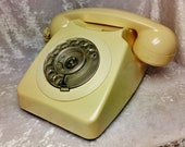 Cream 746 Vintage rotary dial BT Telephone-Very Good Condition-Tested Working