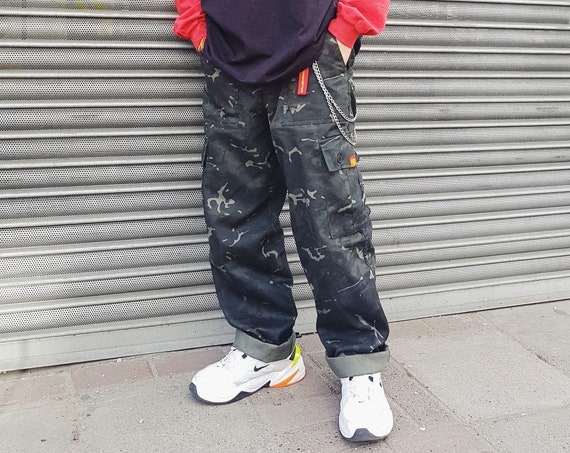 Baggy Cargo Trousers Camo Graphite