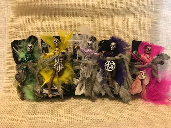 Mini Voodoo Doll, Altar cloth, Altar Figurine, Sculpted Art Doll, Wiccan Altar Decor, Gothic Gift, OOAK, Spirit Doll, Divination Kit
