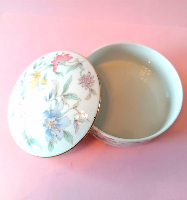 1980s Made in Japan Oriental Orchid Pattern Large Vintage St Michael Porcelain Trinket BoxPot
