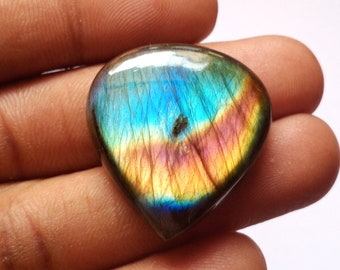 Designer Cabochon AAA Quality Blue Labradorite Cabochon Pendant Stone Size 27*39*8mm 59Cts Natural Heart Shape Labradorite Gemstone
