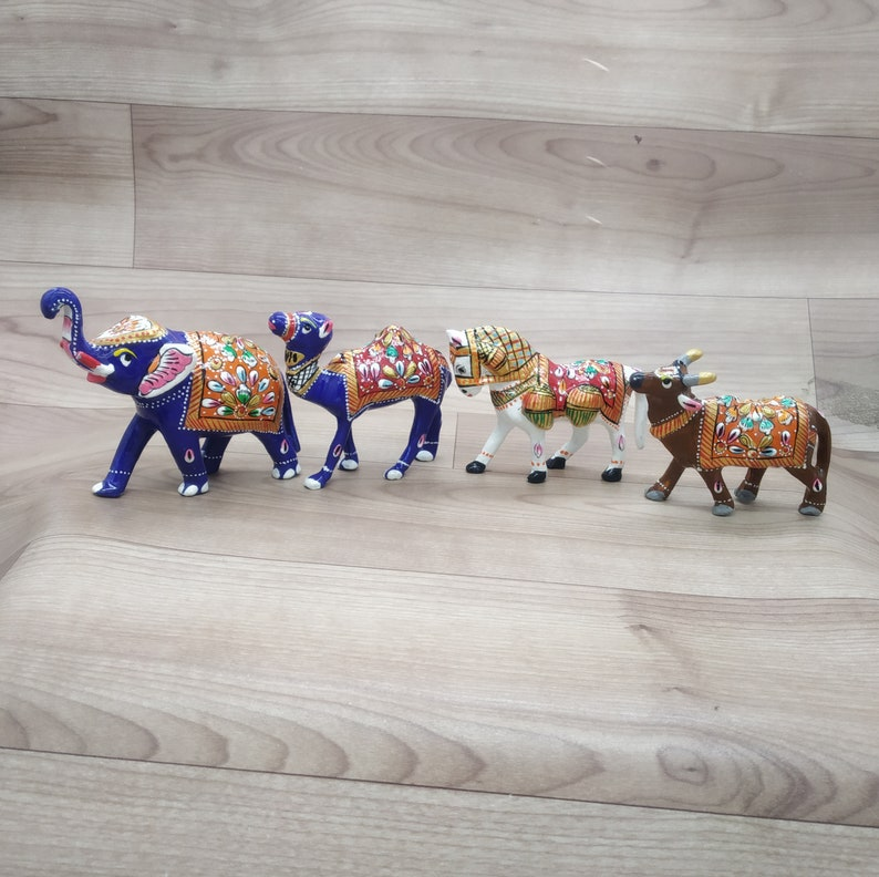 Horse Metal Animal statue set of 4 elephant Camel Cow Hand Painted Sculpture