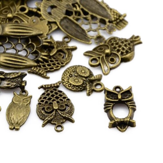 Owl Charm//Pendant Tibetan Antique Bronze 5-40mm  30 Grams Accessory Jewellery