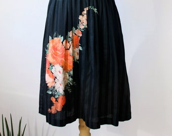 8cbc296cc2f5aa Vintage 80s Floral Co-ord set   Black floral Stripes Twin Set   Floral  Skirt and Vest size Small to Medium