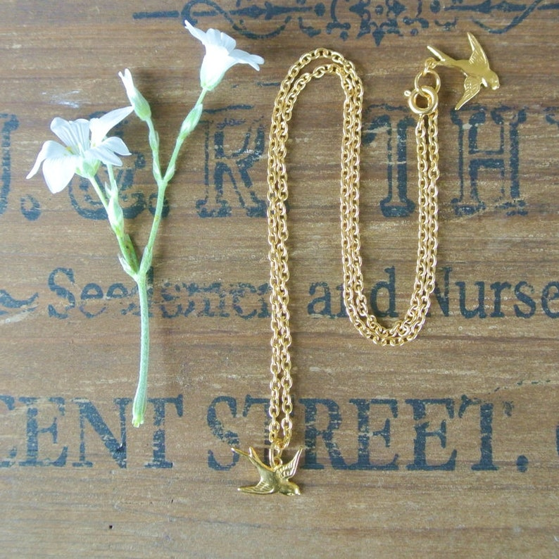 bird necklace gold swallow necklace tiny swallow necklace Gold Little Swallow Necklace