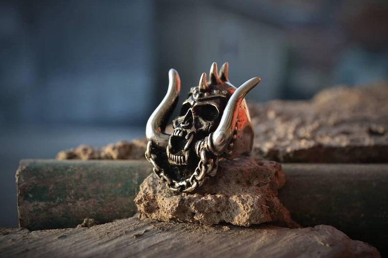 Snaggletooth Motorhead 1.0 Skull Ring Rings Pewter Original image 0