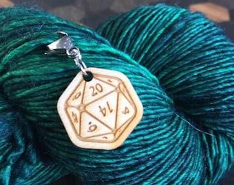 D20 Progress Keeper. Removable dice stitch marker.