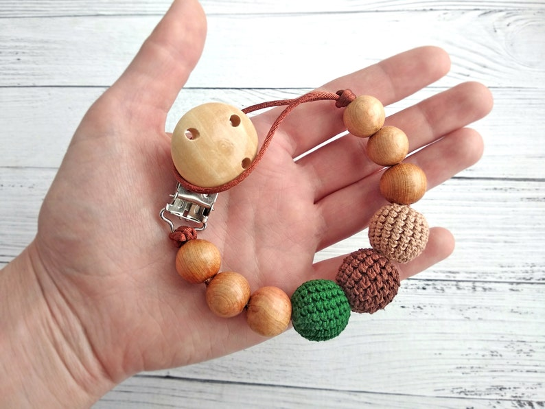 beige and green colours for baby Modern beaded dummy clip holder Pacifier clip with wooden beads and crochet wooden beads in brown
