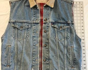 425c64acc98fb Vintage Levis Reversible Denim Flannel Vest with Corduroy Collar