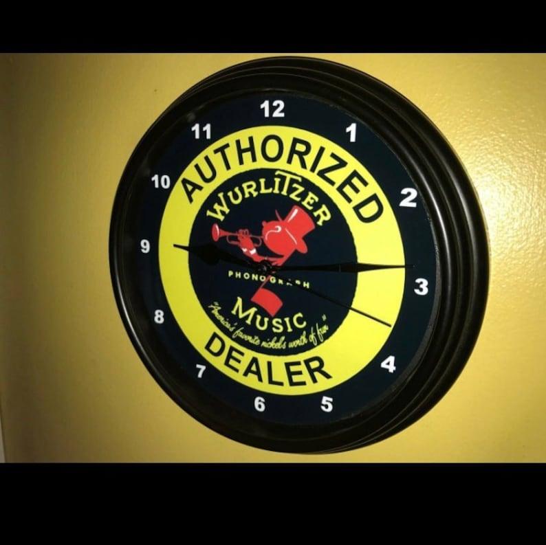 Wurlitzer Jukebox Arcade Auth Dealer Retro Bar Man Cave Advertising Wall  Clock Sign