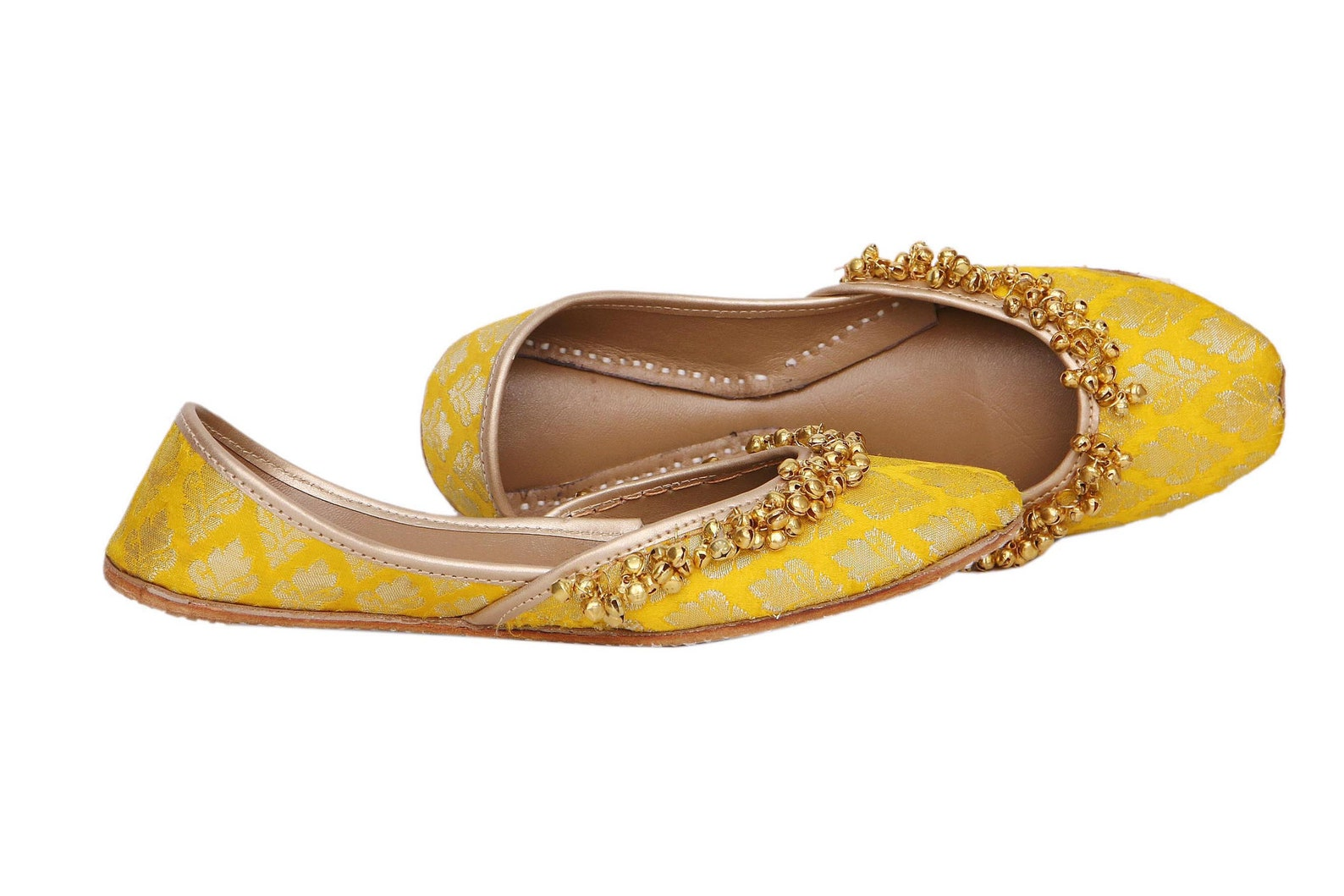 yellow ballet flat with indian embellishement ghungroo indian flats yellow mojari yellow juti yellow khussa