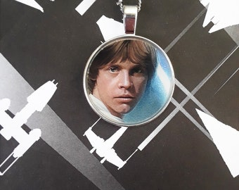 "1"" Luke Skywalker necklace"