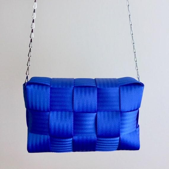 Tasche Abendtasche Handtasche mit Kette, royal blau, elegant glänzend, blue clutch with chain, sling crossbody evening bag, purse