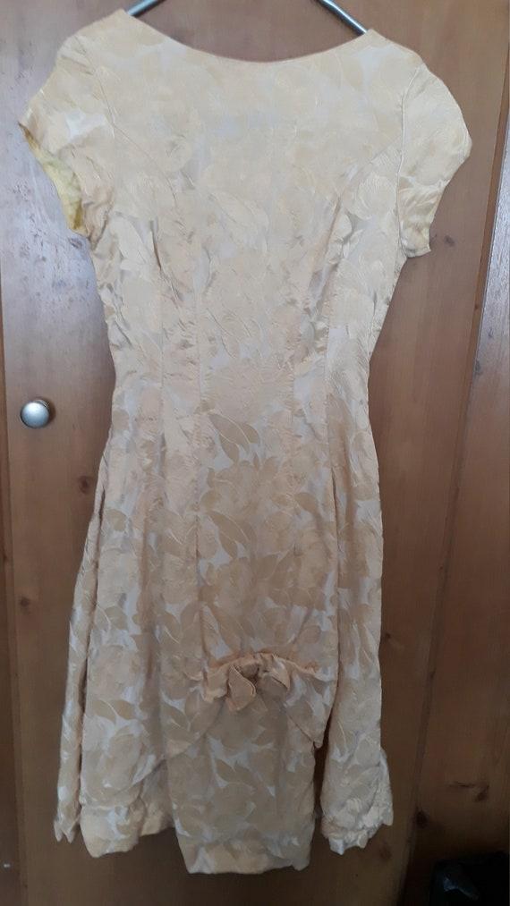 True 1950s prom dress