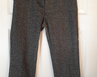 Capri pants short leg trousers 1950s style vintage feel