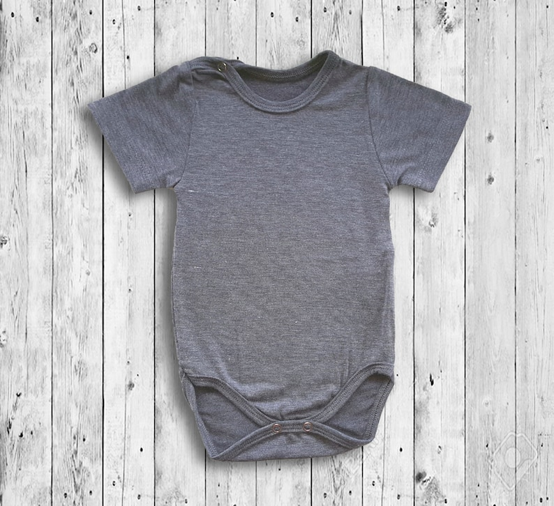 Picture Logo Print Baby Short Sleeve Bodysuit Unisex Clothes Outfit Baby Shower Gift Newborn Gift Personalized Your Favorite Band