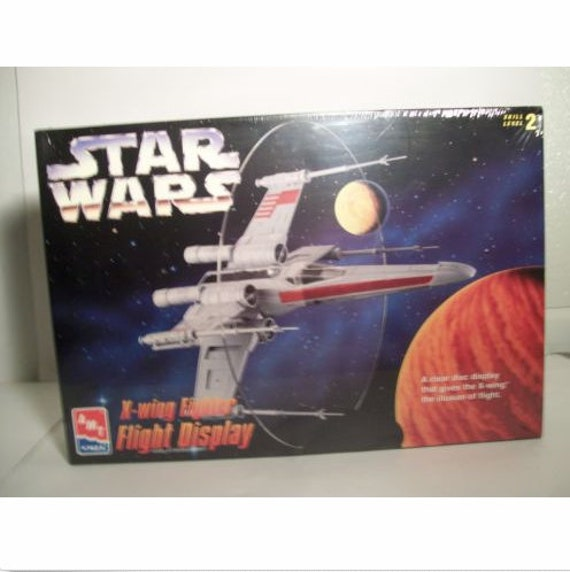 Vintage Plane Kit Star Wars X-Wing Fighter Model Kit Jet Flight Display  1995 AMT Ertl #8788 Action Toy Building Kit