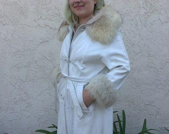 Vintage 1970s White leather arctic fox fur trim coat marcis of california