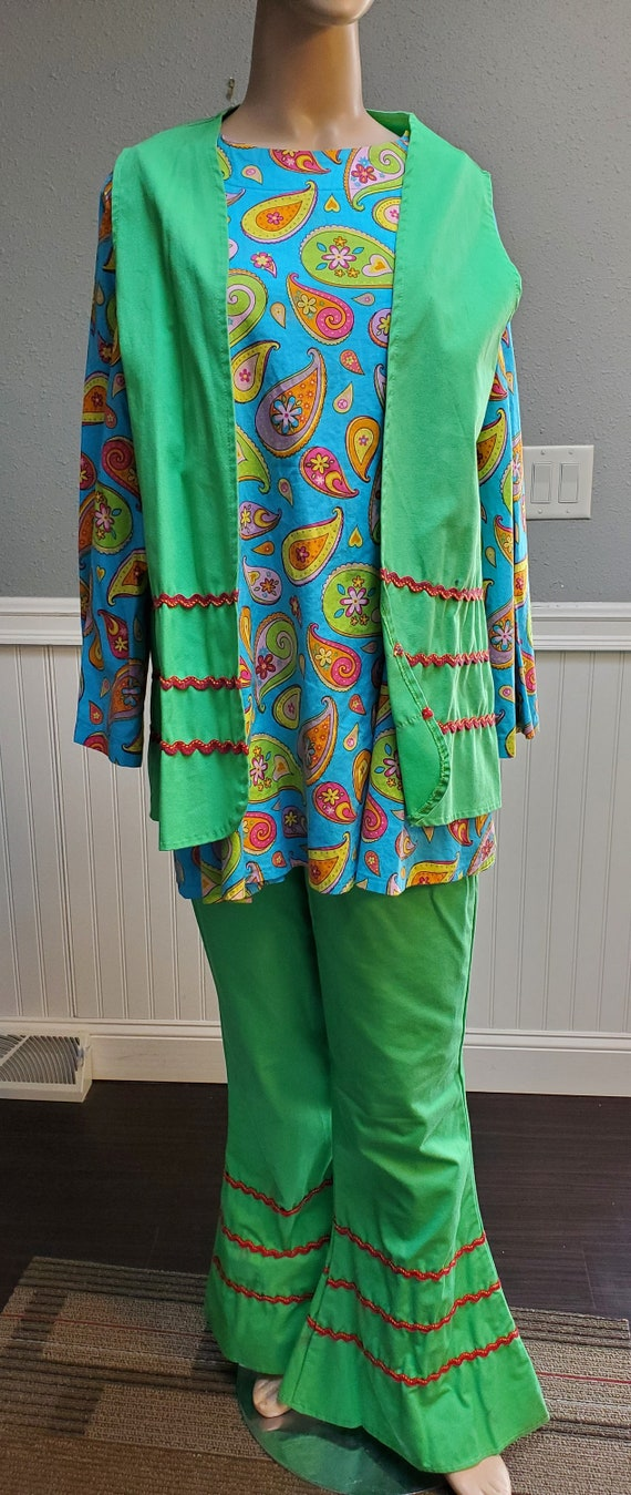 Vintage 60's 3 piece Hippie Outfit with Bell Botto