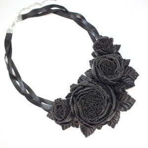 Dance Roses Sea Wave necklace handmade genuine leather flowers Women/'s denim jewelry Floral bib statement blue jeans necklace gift