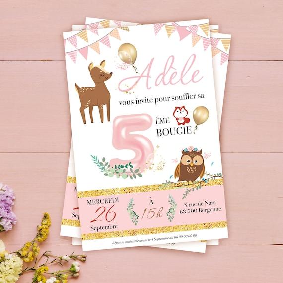 Faire Part Anniversaire Pour Fille Dans Les Tons De Roses Avec Un Univers Poétique Avec Sa Biche Et Ses Fleurs Invitation Girly Et Festive