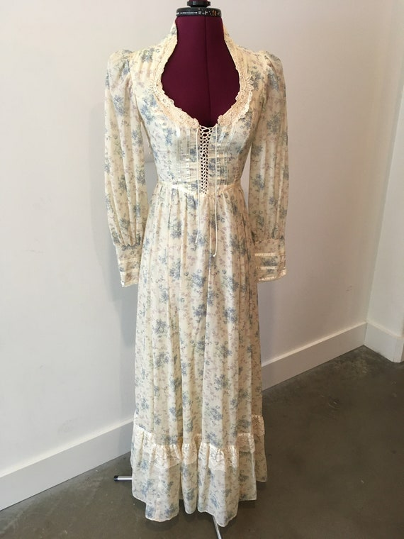 Vintage Gunne Sax Floral Romantic Dress