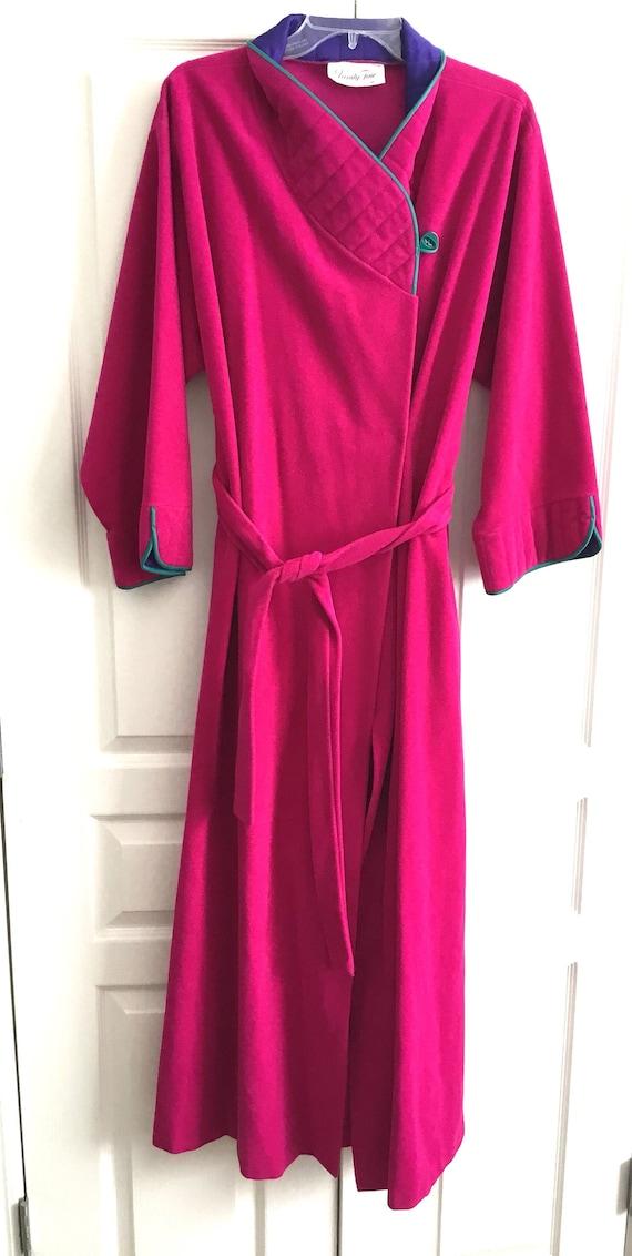 Vanity Fair Womens Velour Robe Medium Quilted Coll