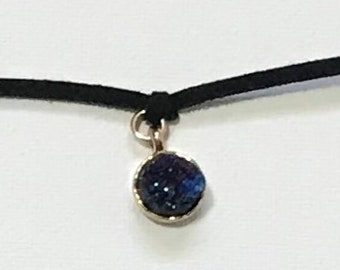 Black Holographic Crystal Stone Choker