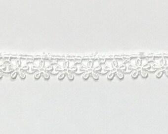 Daisy Lace Ribbon Choker