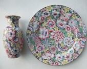 Chinese Millefiori Porcelain Vase and Plate Famille-Rose Glazed Vintage Midt 20thc Floral Mille de fleur Gold Pink Set of 2 Handpainted