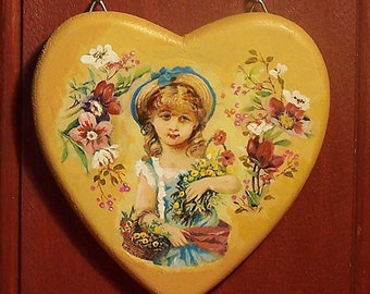 Romantic hanging, unique heart