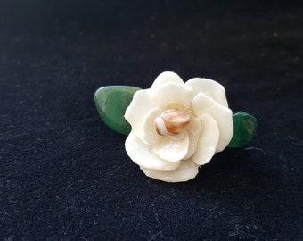 Shell White Flower Hair clip