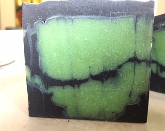 Activated Charcoal & Tea Tree Clear Skin Soap
