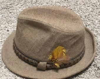 23673d106d723 EUC Vintage Dobbs Fifth Avenue New York Beige Wool Fedora Size 7 1 4