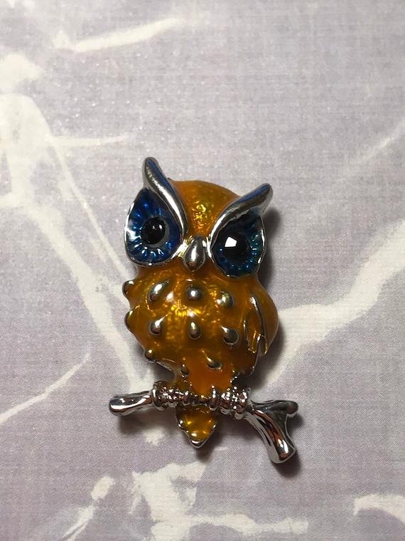 GORGEOUS OWL Needle Minder