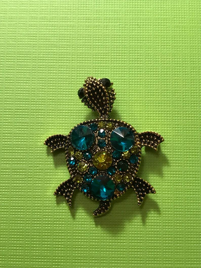 Baby Turtle Needle Minder