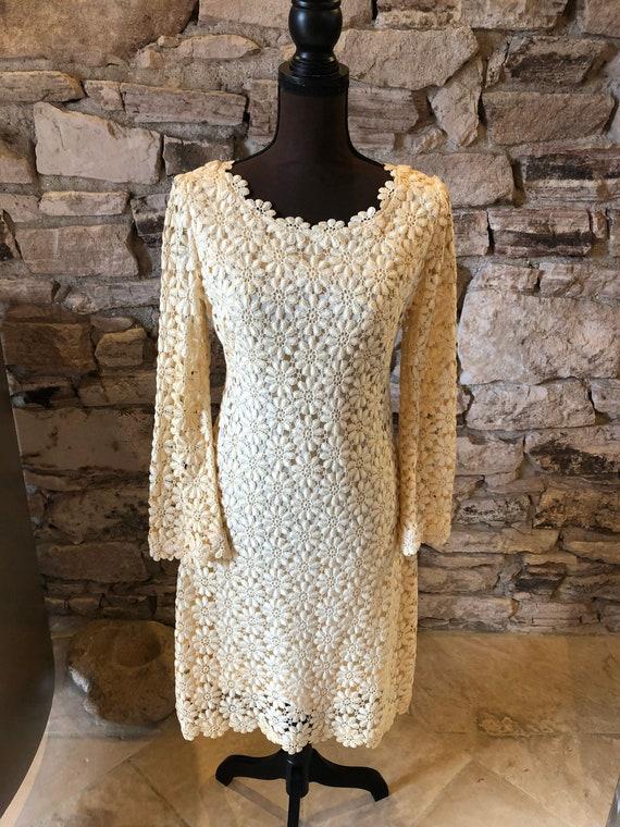 Vintage 1960s Suzy Perette Crochet Flower Dress Si