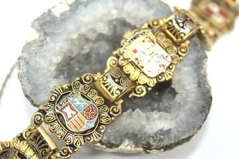 Vintage Unique DAMASCENE FAMILY Crest Enamel Exceptional Gold Tone Bracelet BRL3