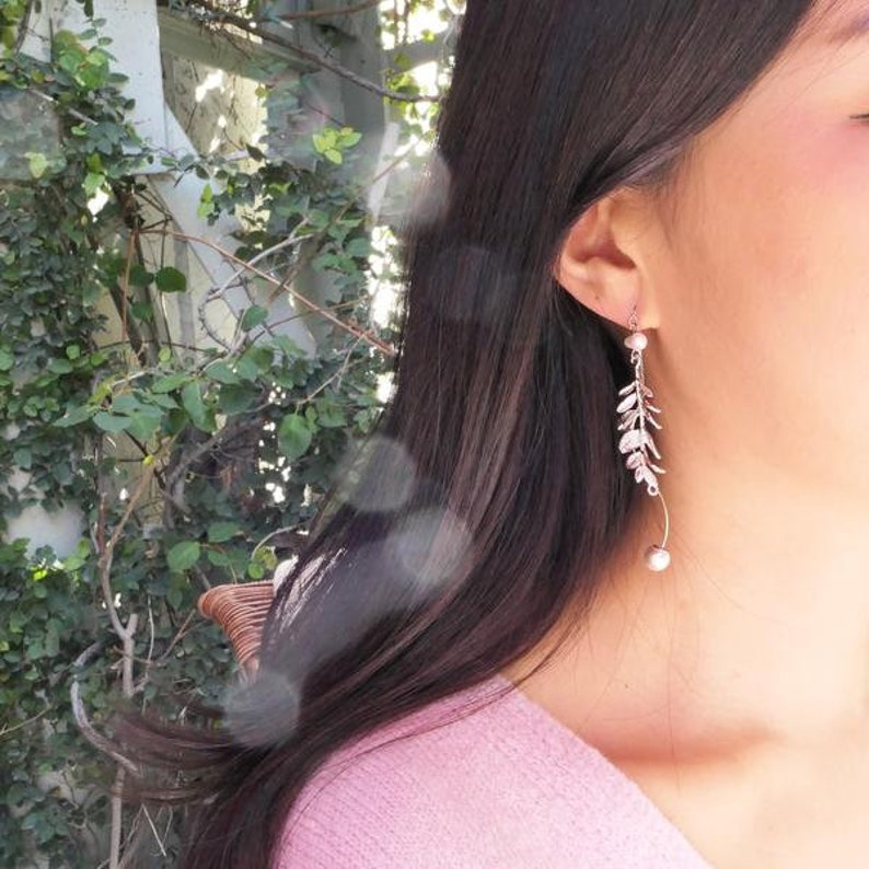 Falling Leaf Mismatch Earring