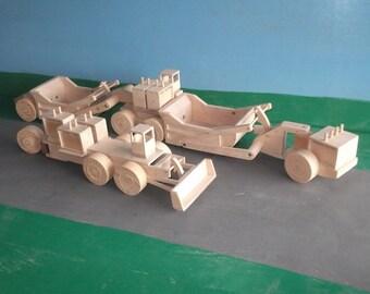 1:50th LeTourneau L-140 Scaper & K-205 Tractor Wooden Model Earthmovers