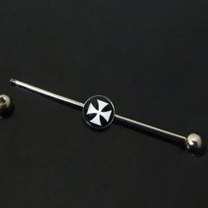 16G Surgical Steel Black /& White Skull Cross Bone Design Ear Cartilage Piercing Industrial Barbell