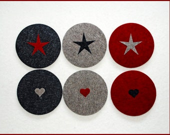 Wool felt, with replaceable applications. 5 mm thick wool felt.