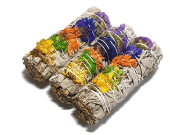 White Sage and Flower Smudge Stick - Good Vibe - Smudge Stick - Sage Bundle - Sage Stick - Purification - Cleansing - Smudging - Gift - 10cm
