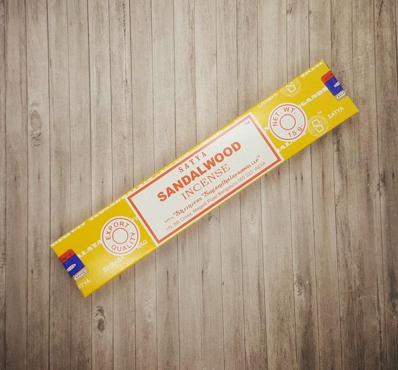 Satya Sandalwood Incense Sticks   15 Stick Packet  Calming  image 0