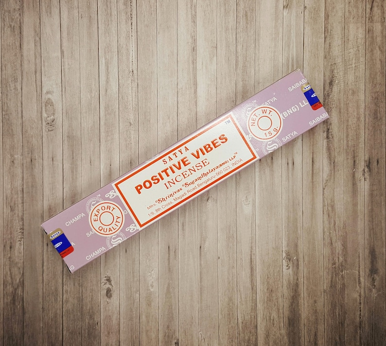 Satya Positive Vibes Incense Sticks   15 Stick Packet  image 0