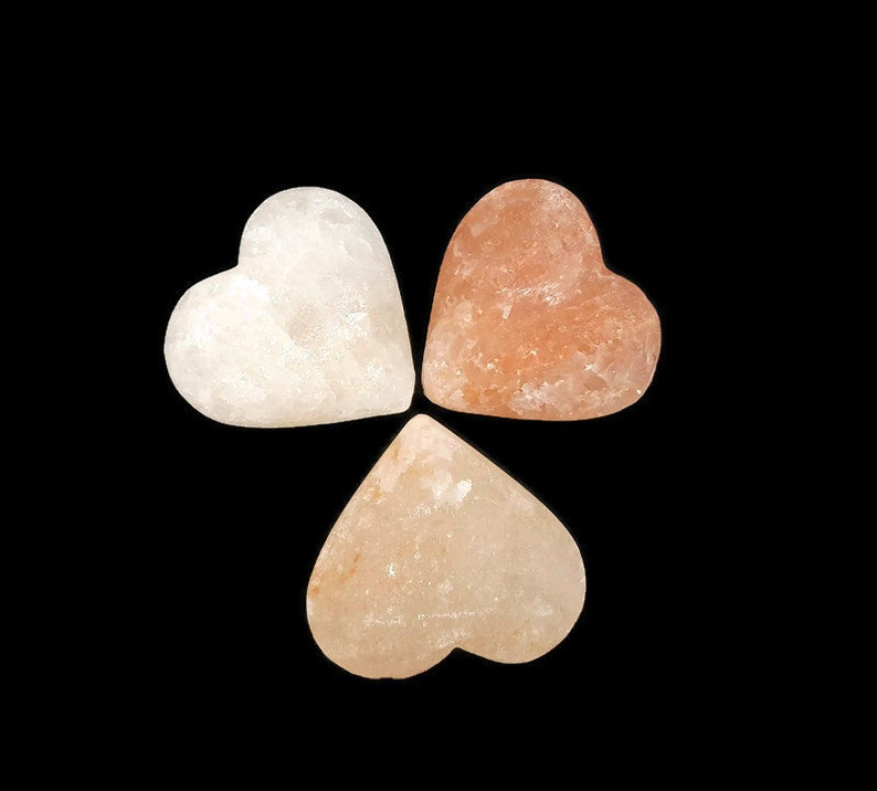 Heart Carved Natural Himalayan Rock Salt   Rock Salt Chunk  image 0