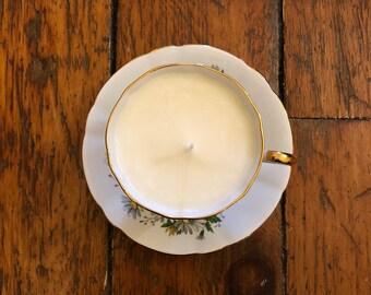 Daisy Soy Wax Teacup Candle