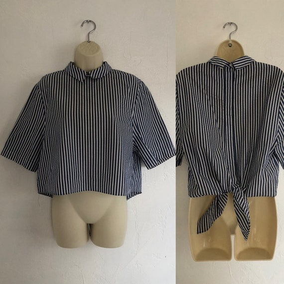 High Stripes 40's Collard Back Buttoned and Tie Bl