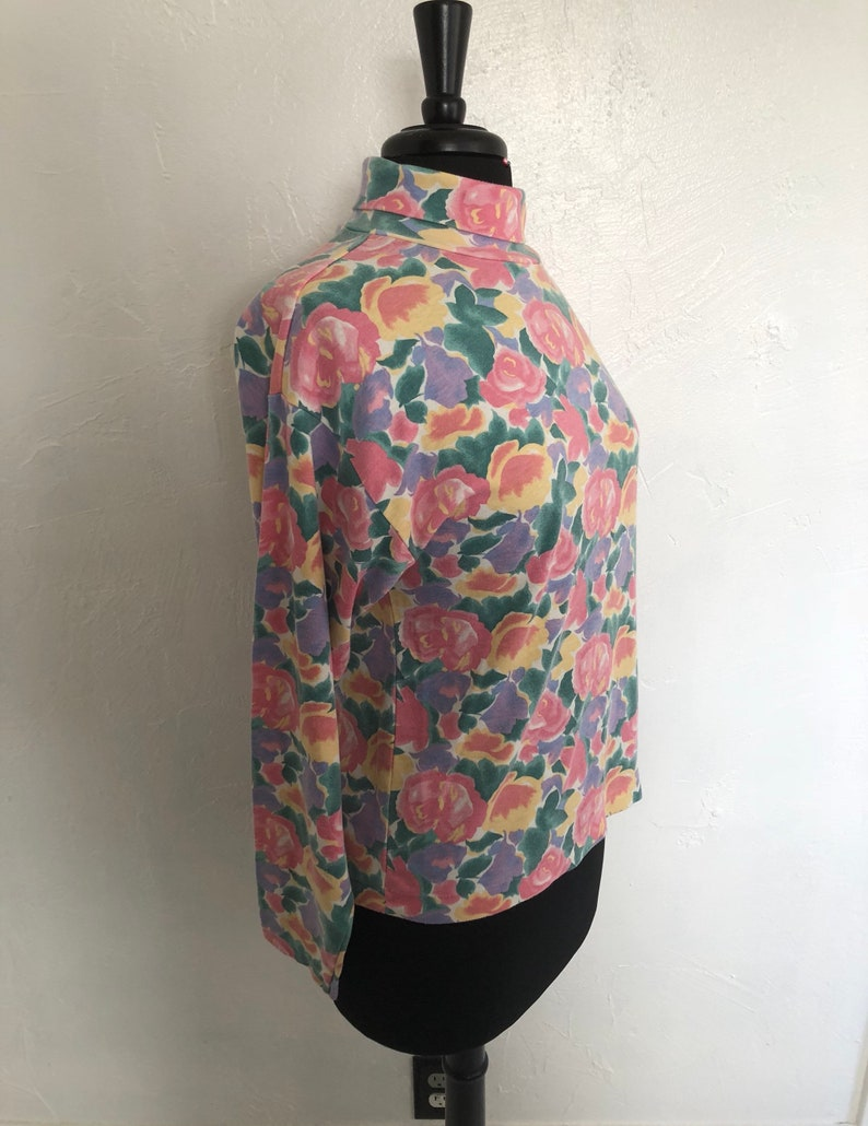 Water Color Rose Turtle Neck 80/'s TREND BASICS